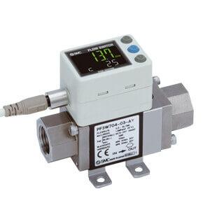 PF3W7, Débitmètre à affichage digital pour l'eau, Affichage tricolore, Capteur intégré SMC